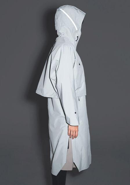 Mishima Raincoat Lysegrå