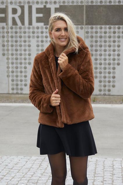 Charlie Hood Fake Fur Jacket Brun
