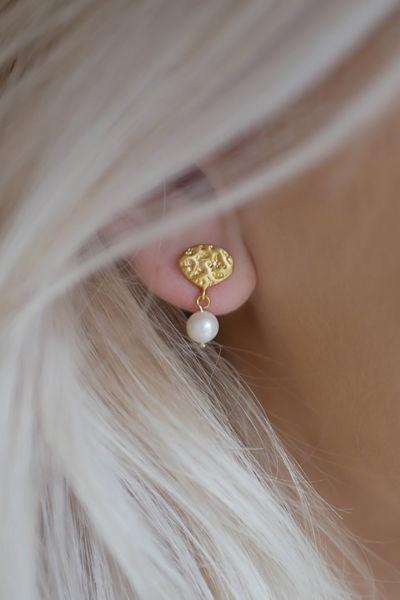 Pearl Drop Earring Gull