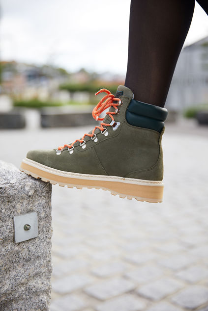 Hiking Suede Military