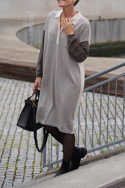 Block Knitted Dress Grå