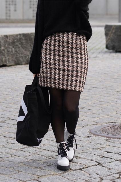 Abbi Skirt Sort
