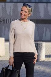 Lulu Knit O-neck Beige