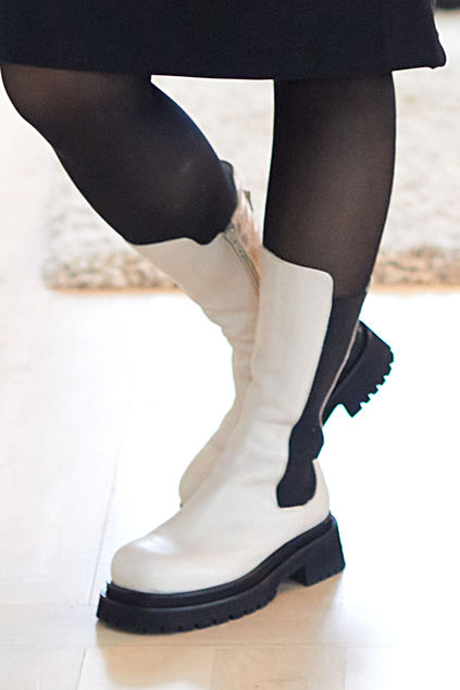 Kips Ulrika Boots Offwhite