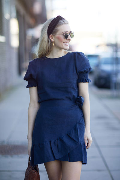 Serena linen dress Navy