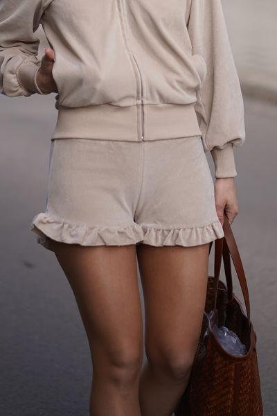 Hay velour shorts Beige