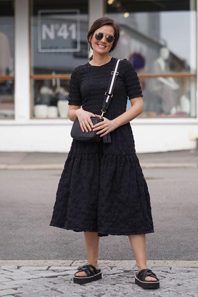 Vanya Dress Sort