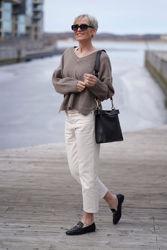 Salt sweater Lysebrun