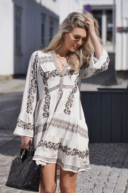 Miriam Short Embroidered Dress Olivengrønn