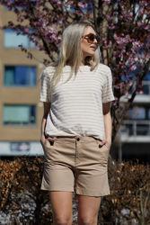 Alma T-Shirt Beigestripet