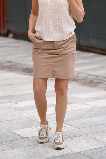 Birta Skirt Amphora