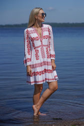 Miriam Short Embroidered Dress Rød