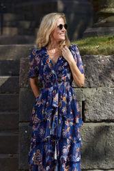 Nava Dress Marineblå m/blomster