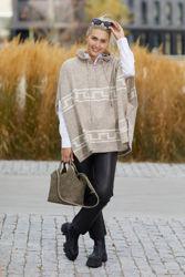 Lisa Poncho Beige/Offwhite