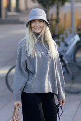 Barbro Sweater Gråmelert