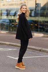 Krisy Merino Sweater Sort