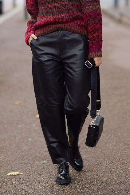 Alba 635 Black Leather Sort Skinn